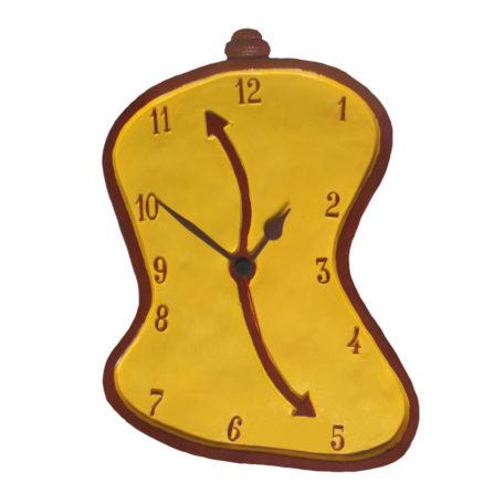 Horloge molle jaune, style Dali