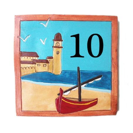 Plaque de numéro de maison avec paysage marin et 2 chiffres