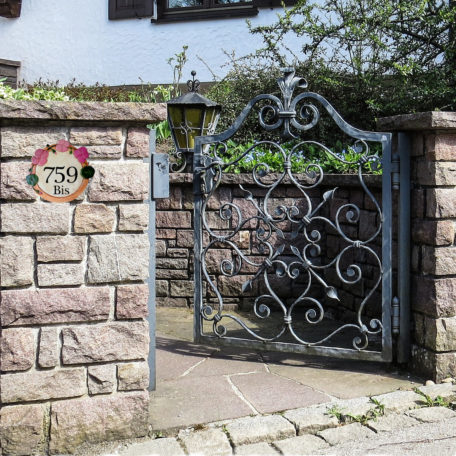 Numéro maison personnalisé avec decoration fleur